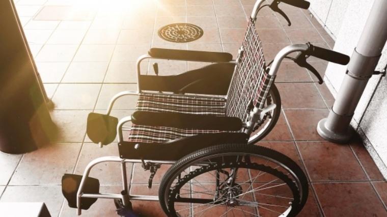 雨の日の車椅子でのお出かけをより快適に!