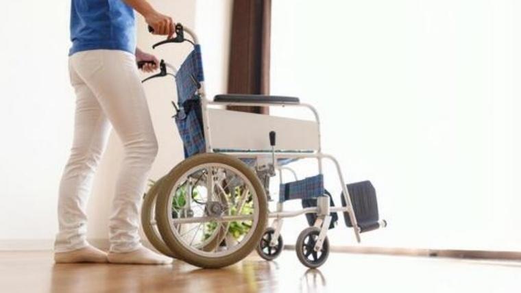 車椅子タイヤソックスは一組あるととっても便利!